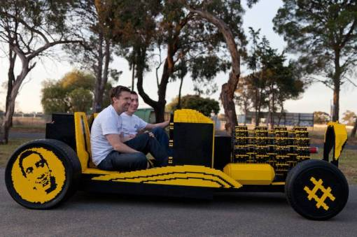 super-awesome-micro-project-functioning-life-size-LEGO-car-normal
