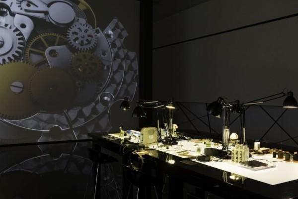workstations-Armani-watch-600x400
