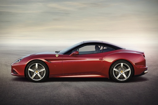 2015-Ferrari-California-T-2