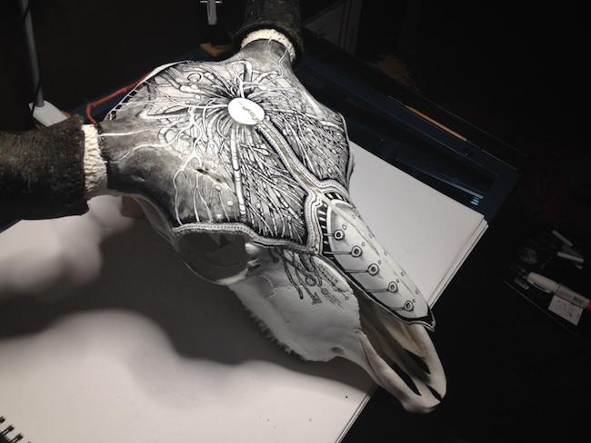 peter-deligdisch-skull-art-ink-drawking-pyrography2