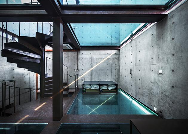 Vertical-Glass-House-in-Shanghai-1