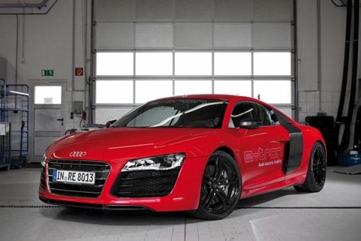 2015-All-Electric-Audi-R8-E-Tron-2