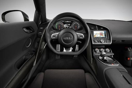 2015-All-Electric-Audi-R8-E-Tron-5