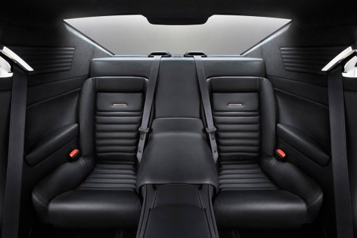 930x620xEquus-Automotive-Bass777-Interior.jpg.pagespeed.ic.zLP_s-ALQo