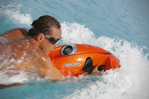 Seabob-Cayago-Underwater-Jetski-2