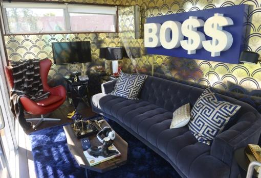 snoop-dogg-airbnb-SXSW-designboom-02