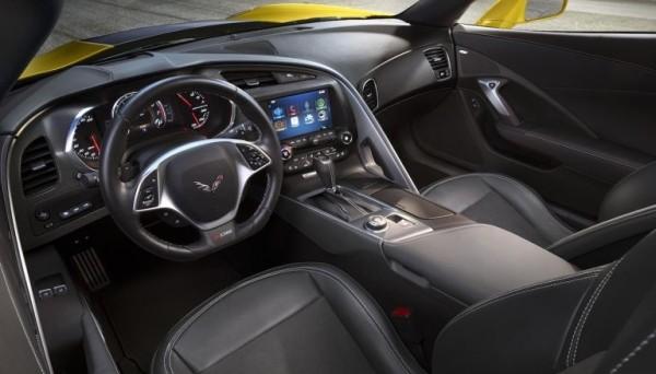 Chevrolet-Corvette-Z06-interior-600x342