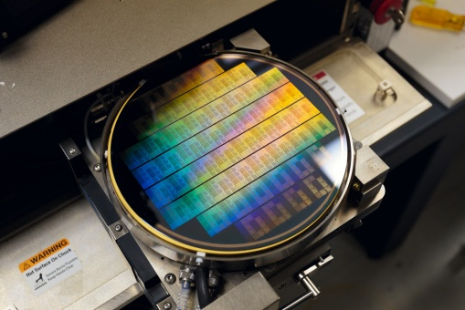 IMG_0908-ibm-graphene-wafer-testing-hardware-1500px