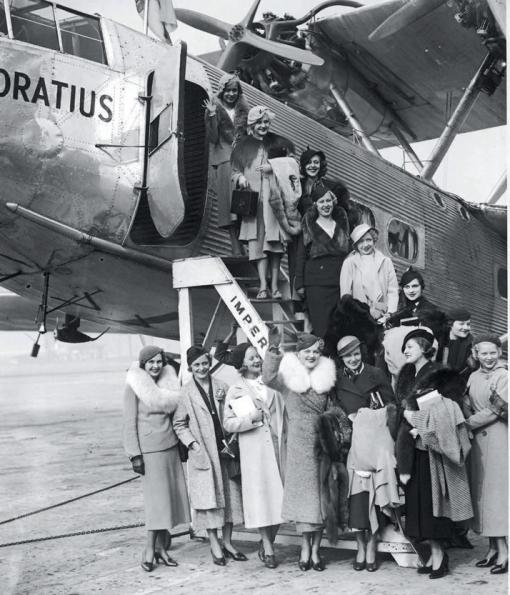 51-airline-Laurence-king-Publishing-yatzer