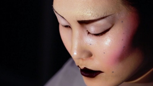 real-time-projection-mapping-womans-face