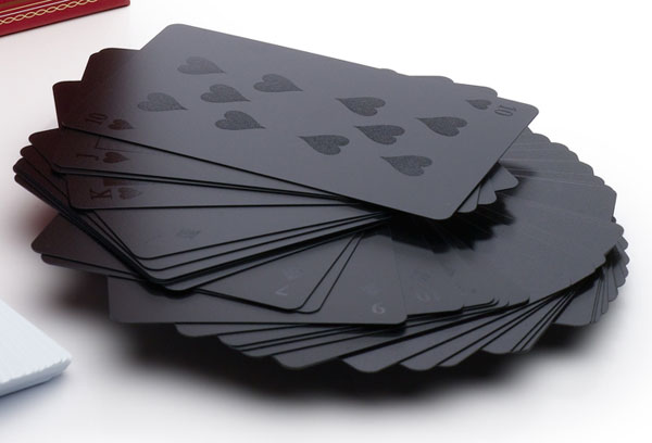minimalissimo-black-playing-cards-01