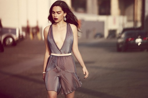 Emilia-Clarke-Yahoo-Style-UK-2015_5