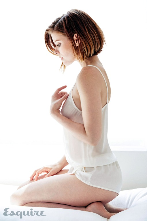 kate-mara-esquire-august-2015_3